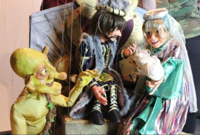 Virtual Family Fun Night: Columbia Marionette Theatre