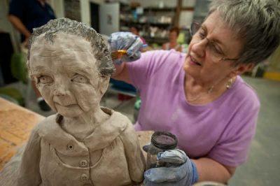 Sculpture - Artistic Impressions