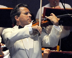 USC Symphony Orchestra: John Williams Extravaganza! Guest Artist Michael Ludwig, violin